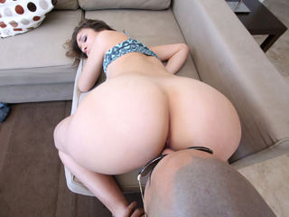 Puerto Rican Babe Gets Pounded - Carmen Caliente
